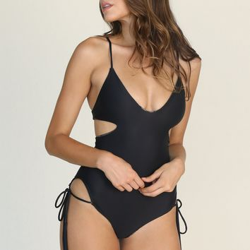 ACACIA - Greece One Piece | Black Beauty
