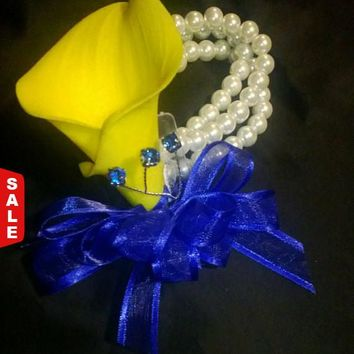 Real Touch Yellow Royal Blue Calla Lily Wrist Corsage, Mother's Day Flower Corsage, Prom Corsage, Yellow corsage, Wristlet Bride