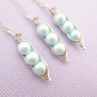 Best friends wire wrapped three peas in a pod necklace set- Sky blue