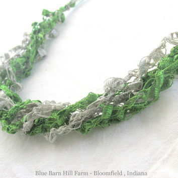 Green and Silver Gray Ladder Necklace - Grass Green