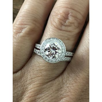 A Flawless 2.8CT Round Cut Russian Lab Diamond Bridal Set