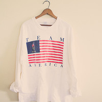 90's  Vintage  T-shirt  Olympics Atlanta Team America White American Flag XL Extra Large Long Sleeve  Oversized Slouchy Classic Old School