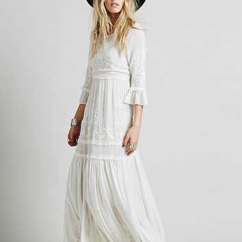 Women's White Ruffles Dress