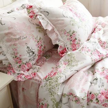 Gorgeous Shabby Cottage Chic Bedding. Duvet Set