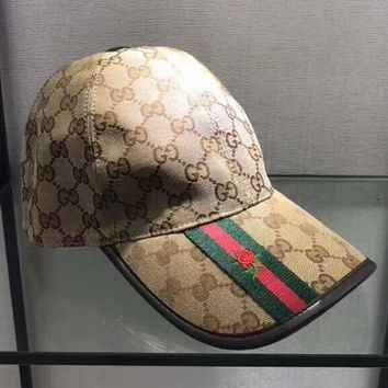 Burberry New fashion embroidery floral more letter couple personality baseball cap Khaki