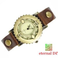 Restoring ancient ways is contracted gear watches, fashion rivet watches, leather watch, special gift