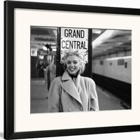 Marilyn Monroe, Grand Central Framed Art Print by Ed Feingersh at Art.com