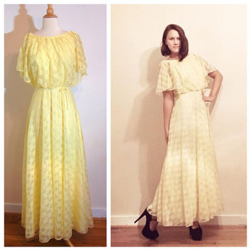 1970s Yellow Dress Floral Boho Bridesmaid Short Sleeve Long Maxi Flutter Sleeves Lovely Spring Summer Gown size 6