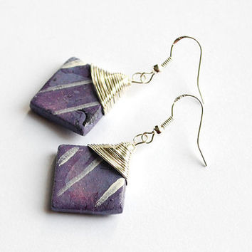Light purple earrings with wire wrap top. Elegant and unique drop earrings. Handpainted gifts for women.