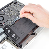 """MacBook Pro 13"""" Unibody Early 2011 Battery Replacement - iFixit"""