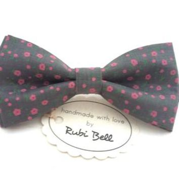 Bow Tie - floral bow tie - wedding bow tie - grey bow tie with small pink floral pattern - grooms bow tie