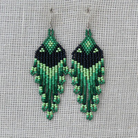 Native American Beaded Earrings Inspired. Dangle Long Earrings. Black and Green Earrings. Beadwork