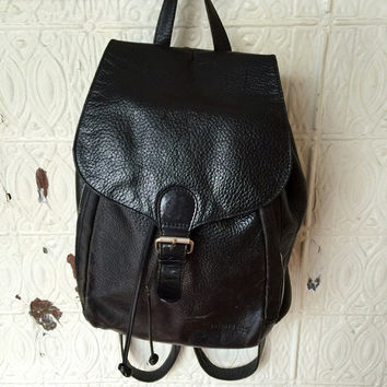 Kenneth Cole Black Leather Distressed Backpack Rucksack Boho 90s