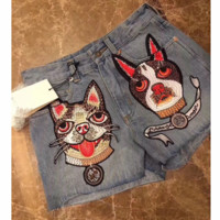 GUCCI 2018 spring and summer new G home with the same double dog embroidery embroidery denim shorts wide leg pants