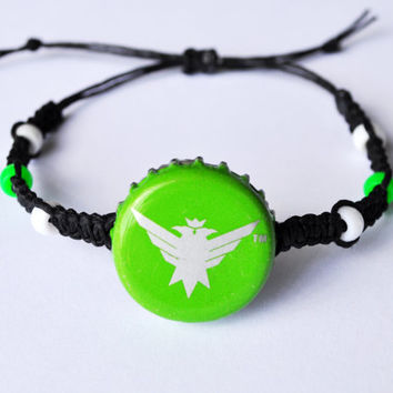 Smirnoff Green Apple Recycled Bottle Cap Hemp Bracelet, beer bottle cap, hemp jewelry, green bracelet, Smirnoff vodka, green and black