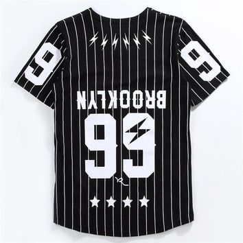 Jersey Hip Hop Street T-Shirt Men Striped Baseball Jersey.