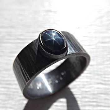 blue star sapphire ring, star sapphire ring silver, mens promise ring, cool mens ring silver hammered, mens sapphire ring, unique mens ring