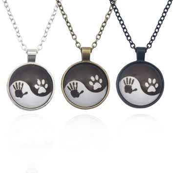 Vintage Yin Yang Tai Chi Time Stone Pendant Necklace Handprint Animal Paw Footprint Round Necklaces For Women Men Fine Jewlery