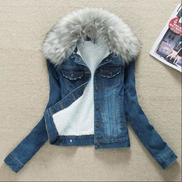 Winter Fur Collar Denim Jackets Plus Velvet Warm Fur Collar Outerwear Women Cashmere Cotton Coat Girl Fashion Denim Jackets