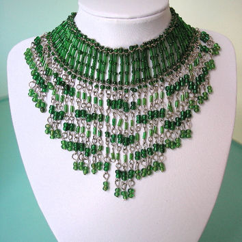 Great Gatsby Jewelry, Green Fringed Necklace, Emerald Green Jewelry, Flapper Necklace, Art Deco Choker, Green Bridal Necklace, Bib Necklace