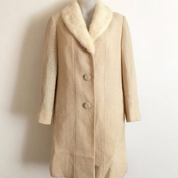 Vintage 1950s 'Le Louvre' cream wool blend open weave panelled coat with cream mink fur collar
