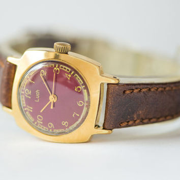 Mint condition women's watch Ray gold plated wrist watch oxblood face accessory lady watch square premium leather strap new