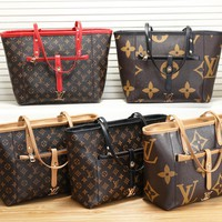 LV Louis vuitton sells casual ladies printed patchwork color hand-held shopping bag