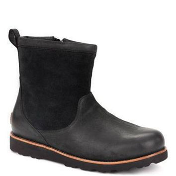 DCCK8X2 Ugg Australia Munroe Leather and Suede Ankle Boots