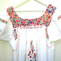 White mexican dress, Traditional mexican dress, Embroidered dress,  Mexican dresses for women, Where to buy mexican dresses, Mexico dresses