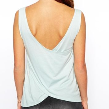 Noisy May Tank Top With Open Back -