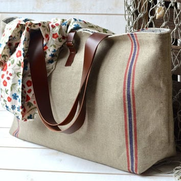 Eco friendly Large French tote bag  with Leather strap / Market tote with LINEN Blue and Red nautical Striped