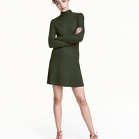 H&M Ribbed Jersey Dress $19.99
