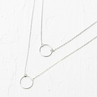 Double Infinity Necklace in Silver - Urban Outfitters