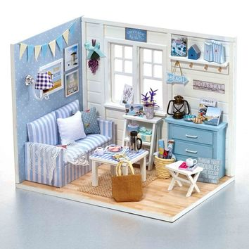 Homemade DIY Dollhouse Kit to Build Wooden Miniature Furniture House Craft - Beach Cottage