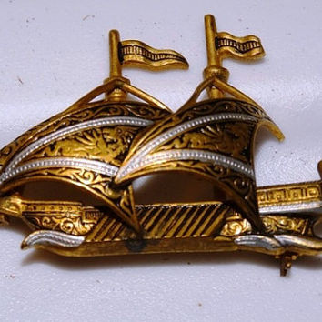 Vintage Golden Spanish Ship Pin, Brooch, Nautical, Sails, Sailing Ship, Pirates, Made in Spain