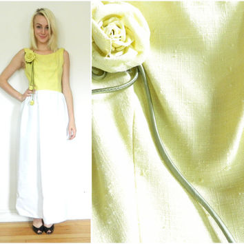 60s vintage maxi dress / retro dress / with brooch / yellow white / sun dress /50s 60s / LA VOGUE mod dress size s xs
