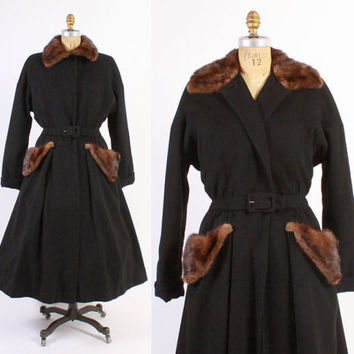 Vintage 40s COAT / 1940s Black Wool & Mink Fur Trim Fit and Flare Princess Coat