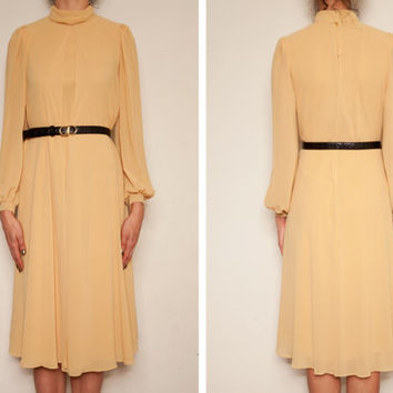 1960's japanese chiffon yellow vintage dress,Chiffon dress,Yellow dress,Free size dress,Long sleeve dress,Autumn winter dress,tea length