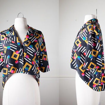 Vintage 80s Avant Garde Blouse   Crop Top  Fish Tail High Low Hem Abstract Print Retro 80s Top Slouchy Top Oversized Graphic New Wave Mod