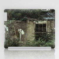 GHOSTS UNTOLD HOUSE UNSOLD iPad Case by catspaws