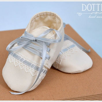 Baby Boy Christening Shoes, Silk or Cotton Booties, Baby Gift, Personalised Shoes, Baptism Shoes, Baptism Booties, White, Ivory, Ecru