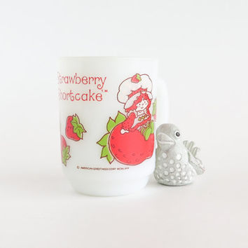 Strawberry Shortcake Milk Glass Mug Anchor Hocking