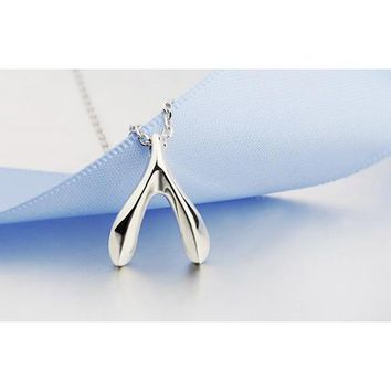 Kdrama The Heirs (The Inheritors): Wishbone Necklace