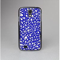 The Royal Blue & White Floral Sprout Skin-Sert Case for the Samsung Galaxy S4