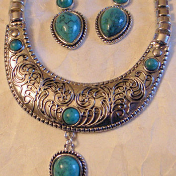 Tribal Necklace-Earrings Silver With Green Blue Turquoise Engraved Design - Bib Necklace