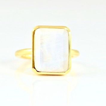 Amia Square Moonstone Ring