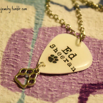 Ed Sheeran Pawprint Logo Guitar Pick Necklace by Shanana on Etsy