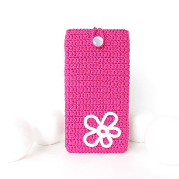 Fuchsia iPhone 8 plus case, vegan Sony Xperia XZ2 phone cover, crochet BlackBerry Motion pouch, Nokia 6 sleeve, White Flower HTC U11 cozy