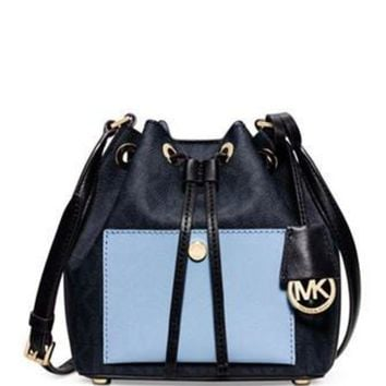 DCK7YE Michael Michael Kors Greenwich Small Bucket Bag