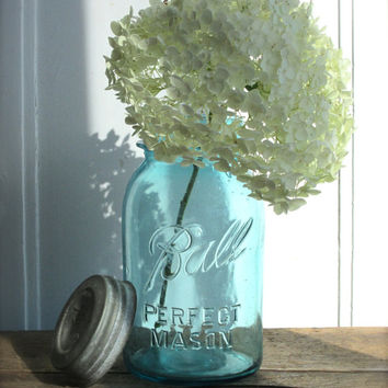 Antique Blue Mason Jar Zinc Lid Vintage Ball Perfect Mason  Canning Jar Home Decor Wedding Decor